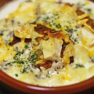 チーズとコロッケのクリーミーグラタン