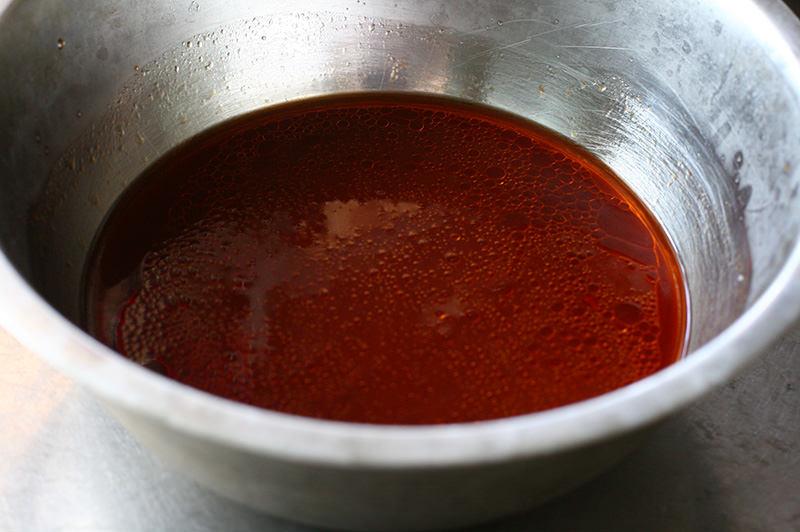 牛しゃぶと真っ赤なスープの冷やし中華