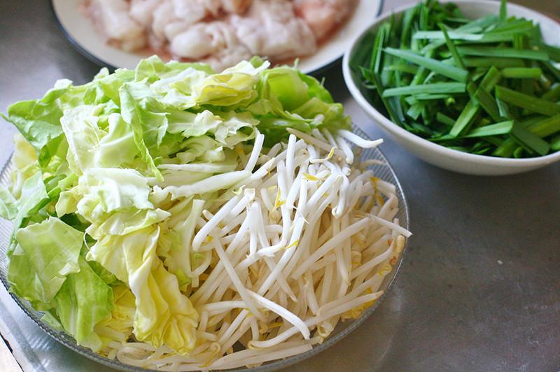 韓国しょうゆチゲ味の牛もつ鍋