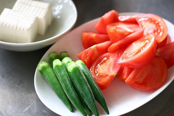 夏野菜もつ鍋
