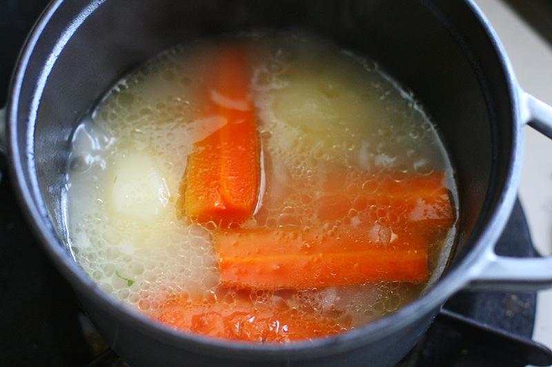 テールスープのポトフ